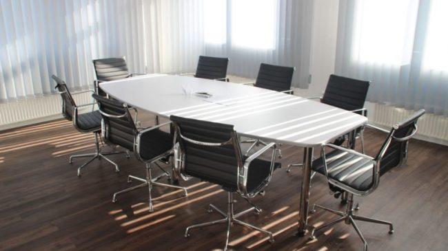 Sala riunioni: 4 consigli per renderla perfetta